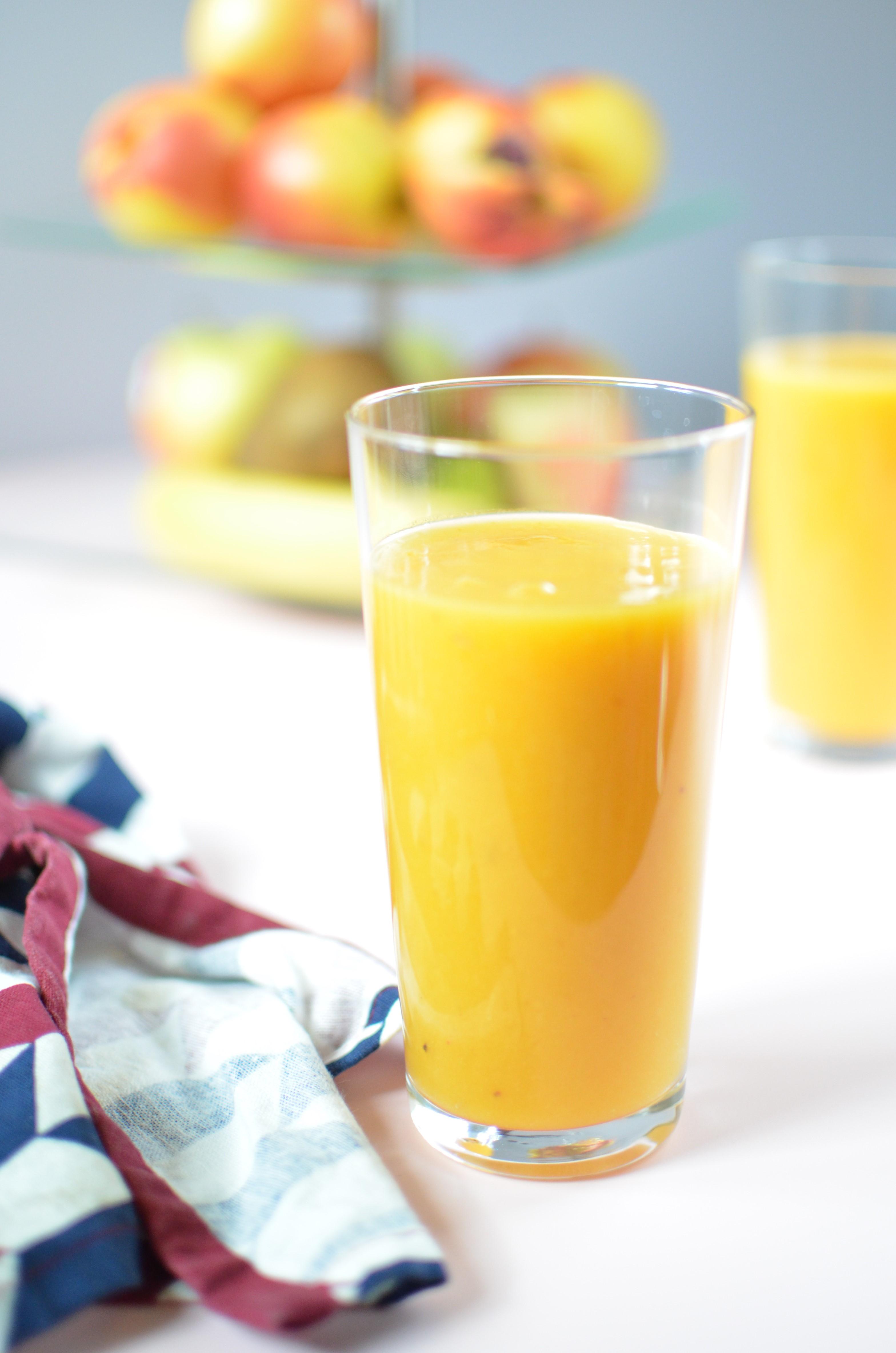 Smoothie-brzoskwinia-mango-banan