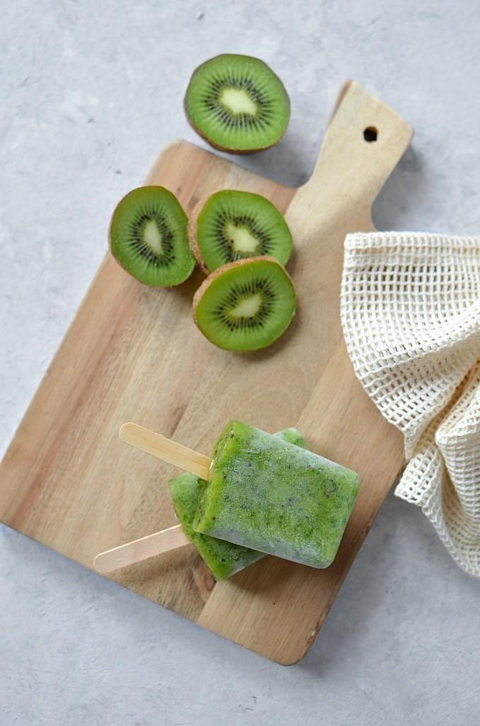 Zielone lody domowe. Lody szpinakowo-bananowe.
